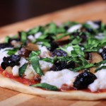 Fresh Vegan Mozzarella Pizza