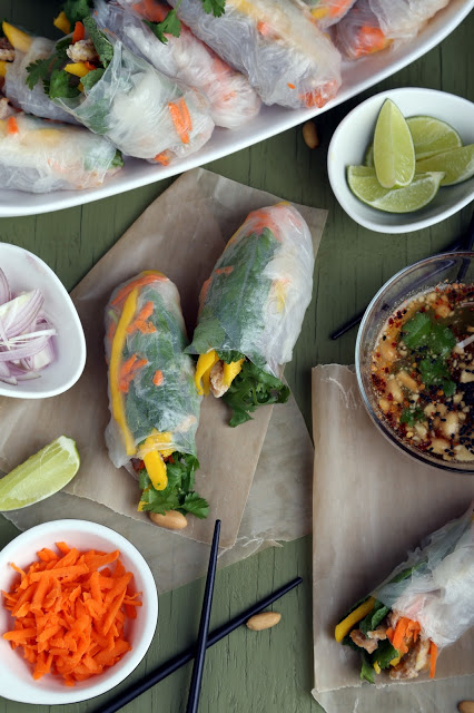 Fresh Spring Rolls with Soy Curls, Mango and Mint