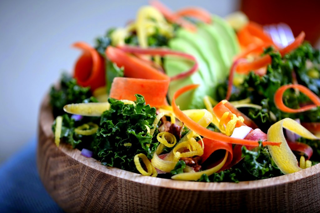 5-Step Raw Kale salad