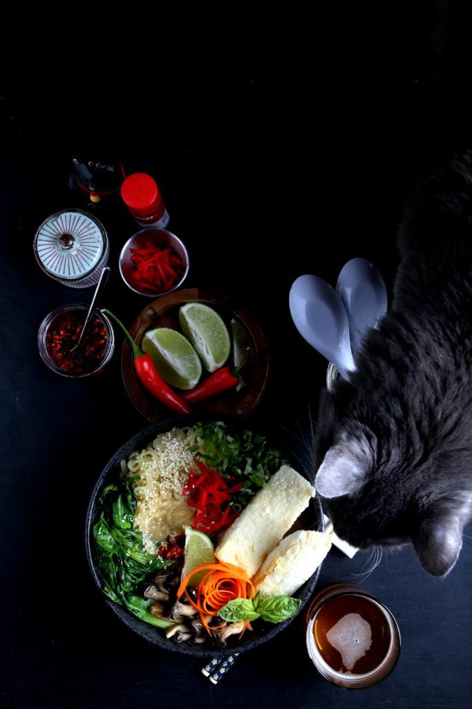 Vegan Ramen + Cat | Olives for Dinner