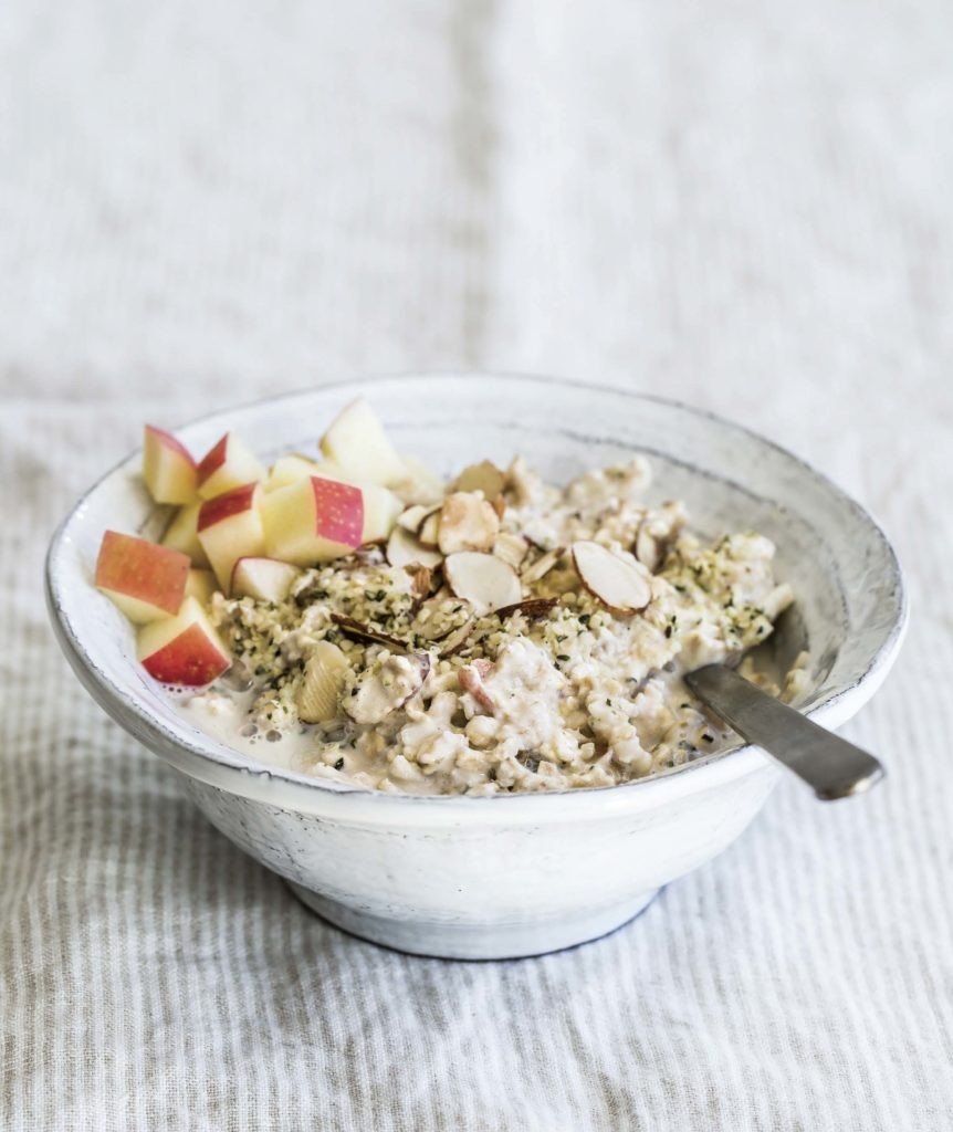 Apple ginger muesli by Gena Hamshaw
