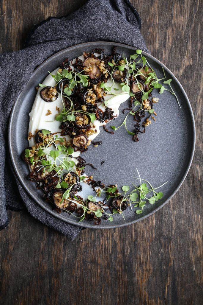 Cauliflower Puree with Roasted Mushrooms and Caramelized Onions 16962